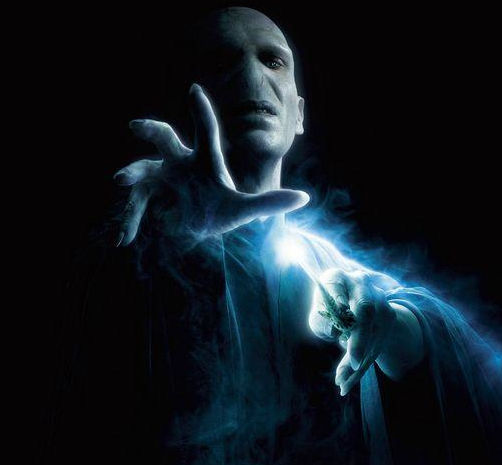 voldemort poster Early Fan Review of Harry Potter and the Deathly Hallows: Part I