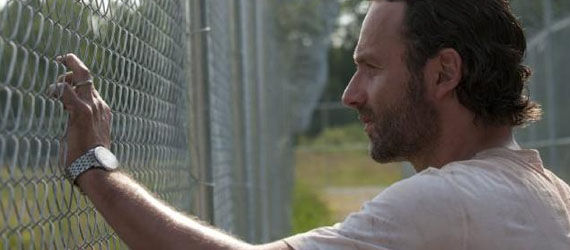 walking dead season 3 rick Walking Dead Season 3 Delays & Comic Creator Behind Showrunner Firing