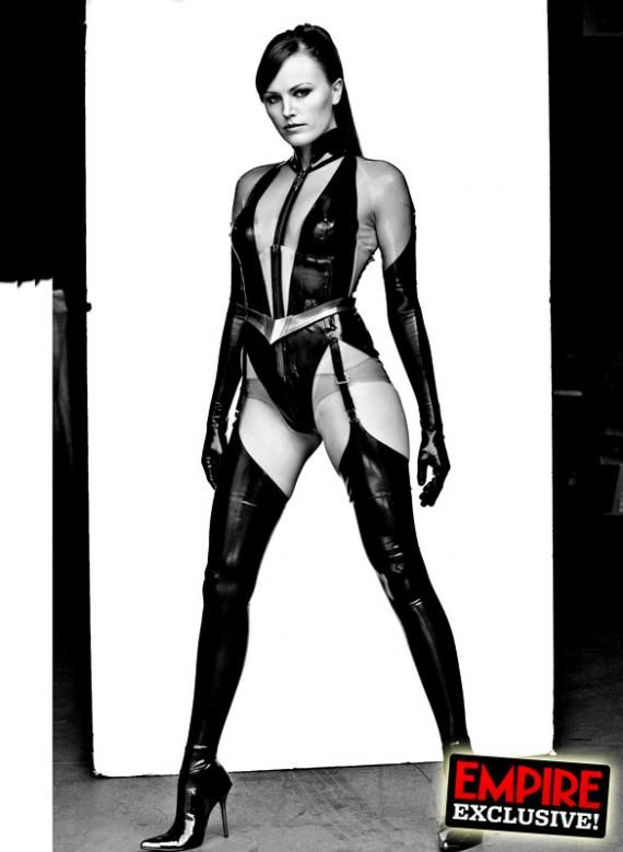 watchmen portraits silk spectre ii Very Cool Black & White Watchmen Portraits