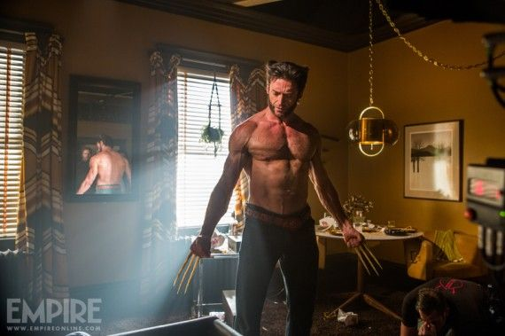 x men days future past wolverine bone claws 570x379 1970s Wolverine in X Men: Days of Future Past
